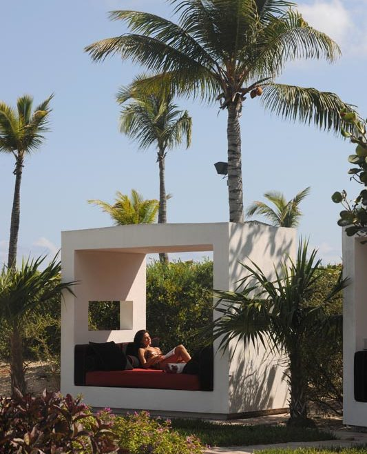 The Estate – Pool – Cabana
