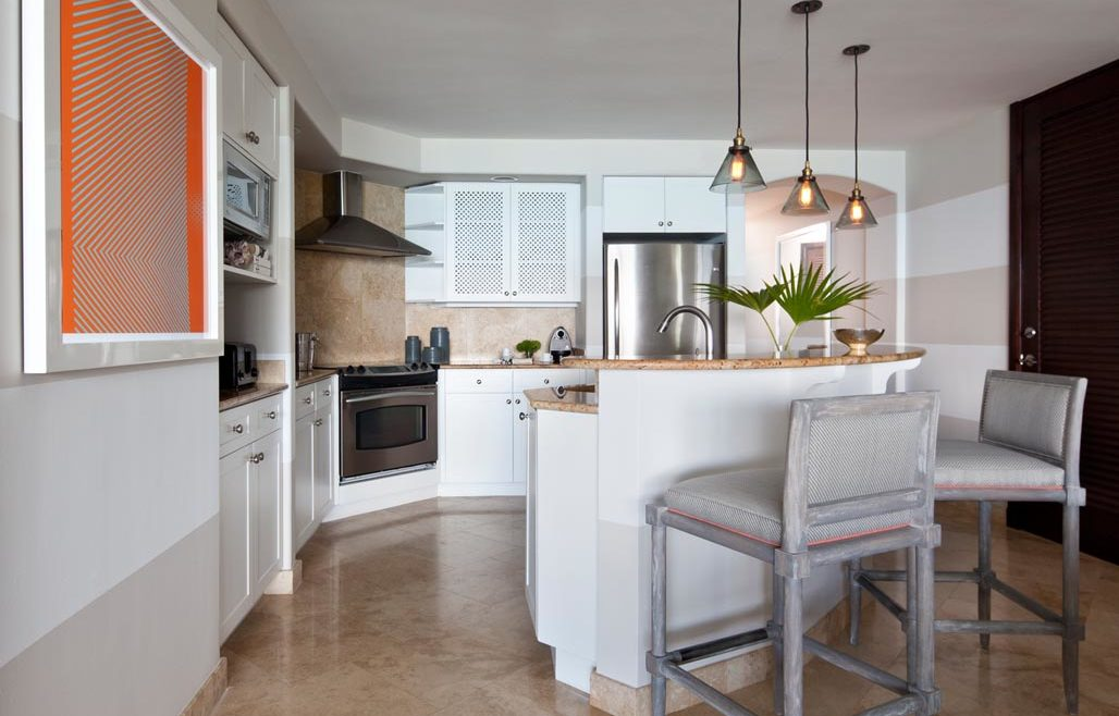 Villas – Grace Bay Suites – Kitchen