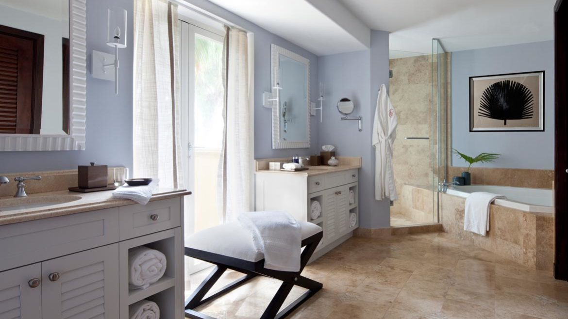 Villas – Grace Bay Suites – Master Bathroom
